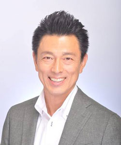 ぴかぴか保育園 園長 田中浩二は酒井亮介を応援しています!